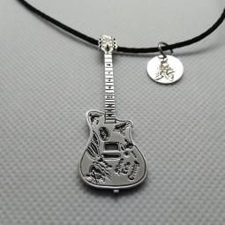 Pendentif J.D Guitare